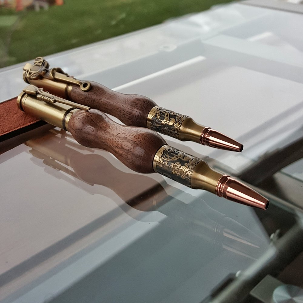 Walnut Deer Hunter Bolt Action Pen