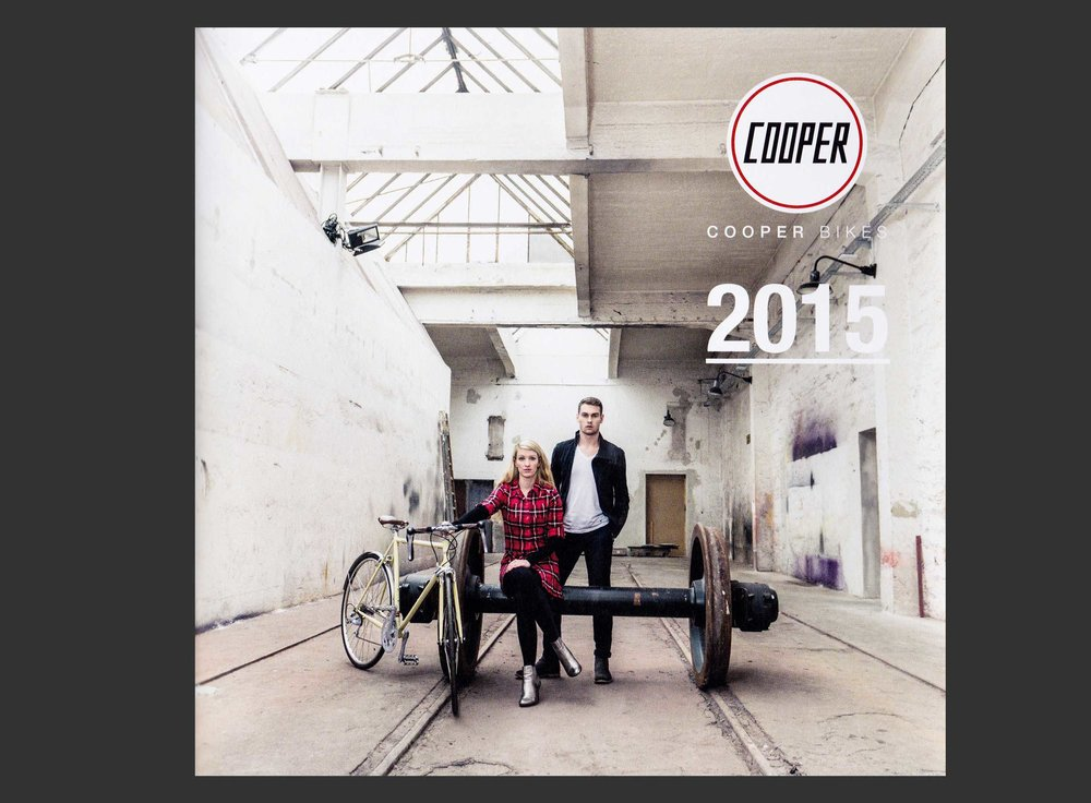portrait-fotografie-fotostudio-muenchen-business-people-stefanie-kresse-cooper-bikes-titel-katalog-2015.jpg