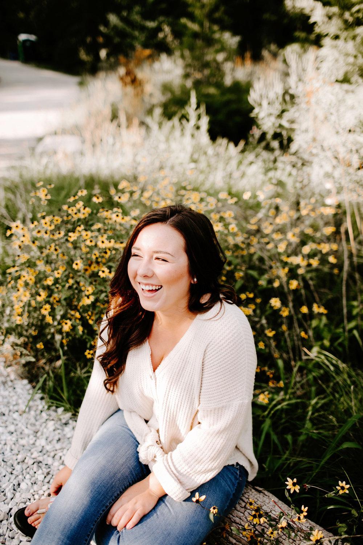 Julia Mariani Senior Photos Indianapolis Indiana Emily Elyse Wehner Photography-12.jpg