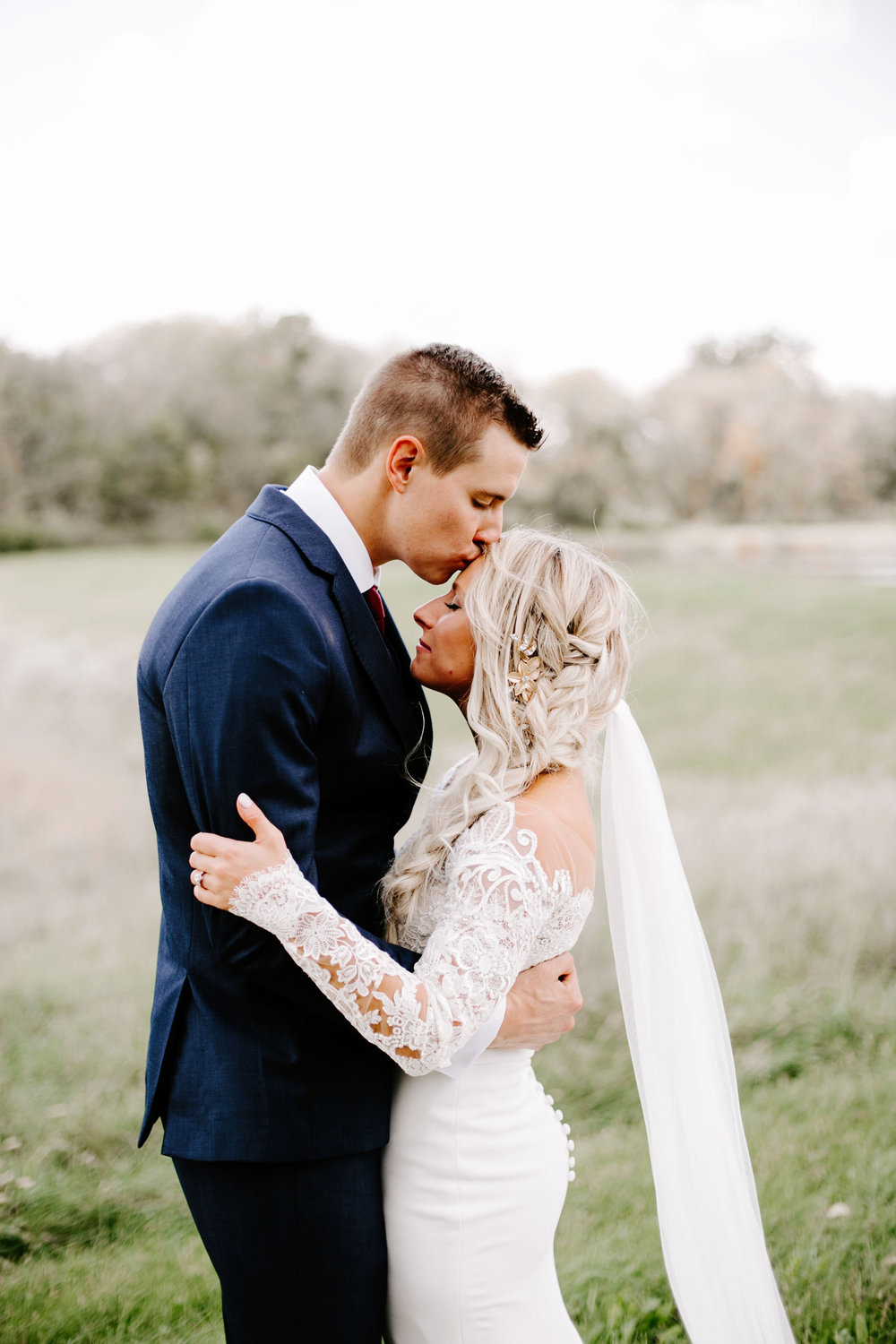 Gwen and Andy Traders Point Hunting Club Wedding in Zionsville Indiana by Emily Elyse Wehner Photography LLC-192.jpg