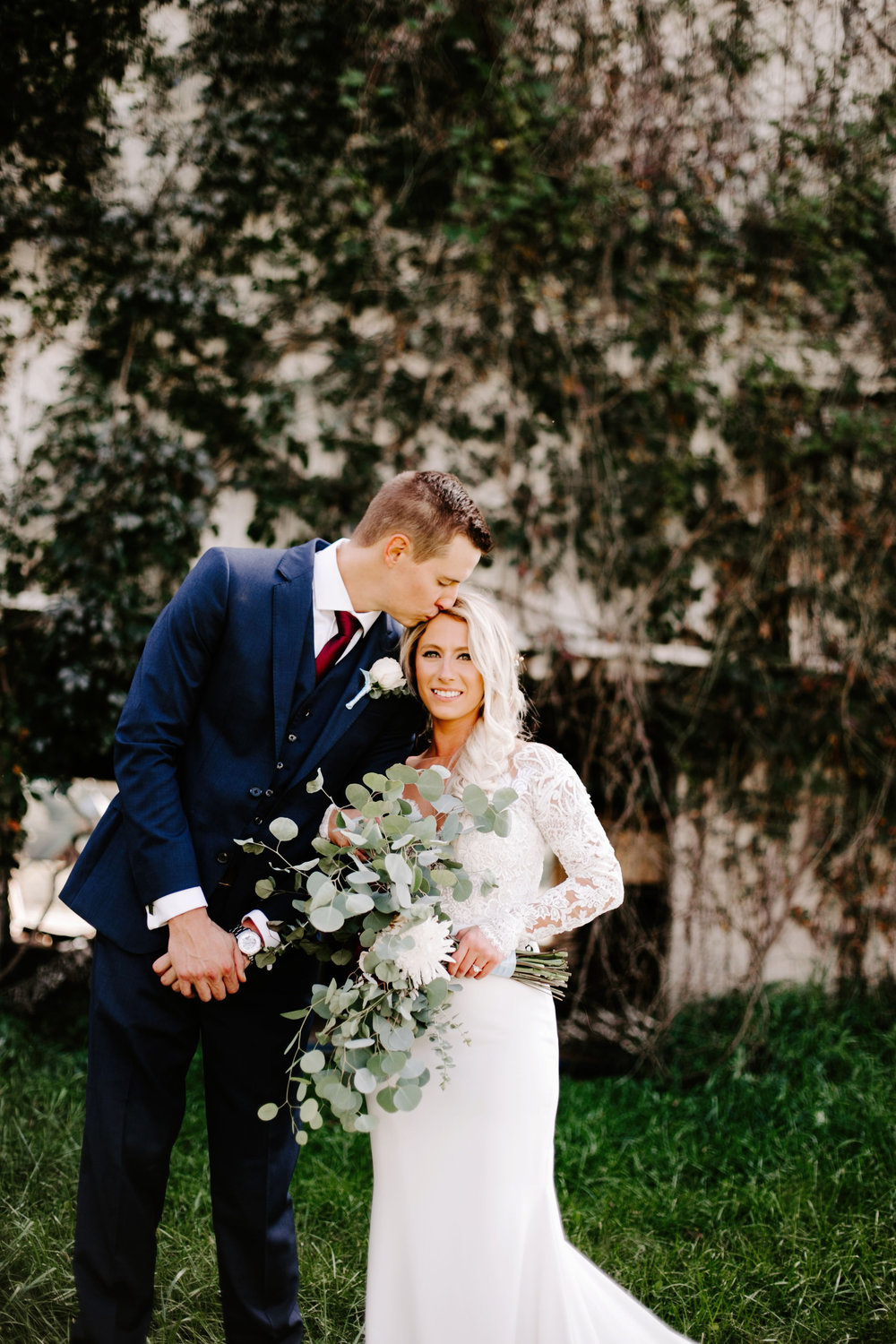 Gwen and Andy Traders Point Hunting Club Wedding in Zionsville Indiana by Emily Elyse Wehner Photography LLC-216.jpg