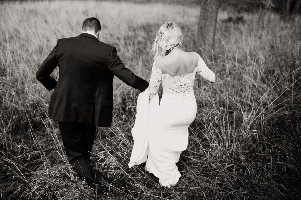Gwen and Andy Traders Point Hunting Club Wedding in Zionsville Indiana by Emily Elyse Wehner Photography LLC-265.jpg