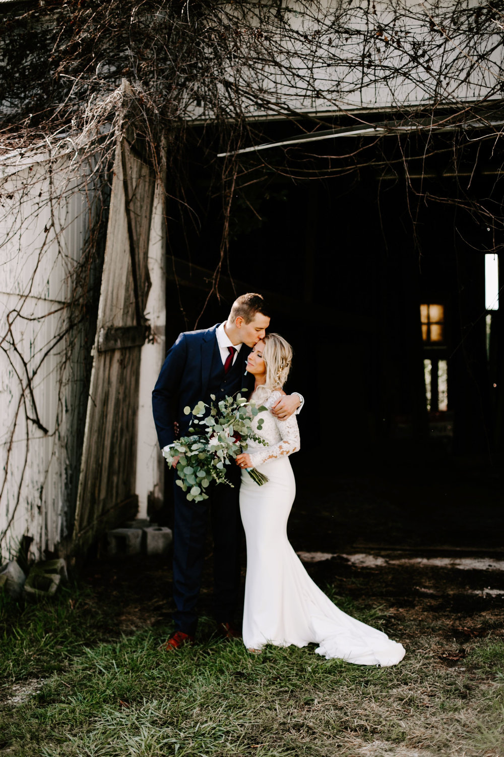 Gwen and Andy Traders Point Hunting Club Wedding in Zionsville Indiana by Emily Elyse Wehner Photography LLC-334.jpg