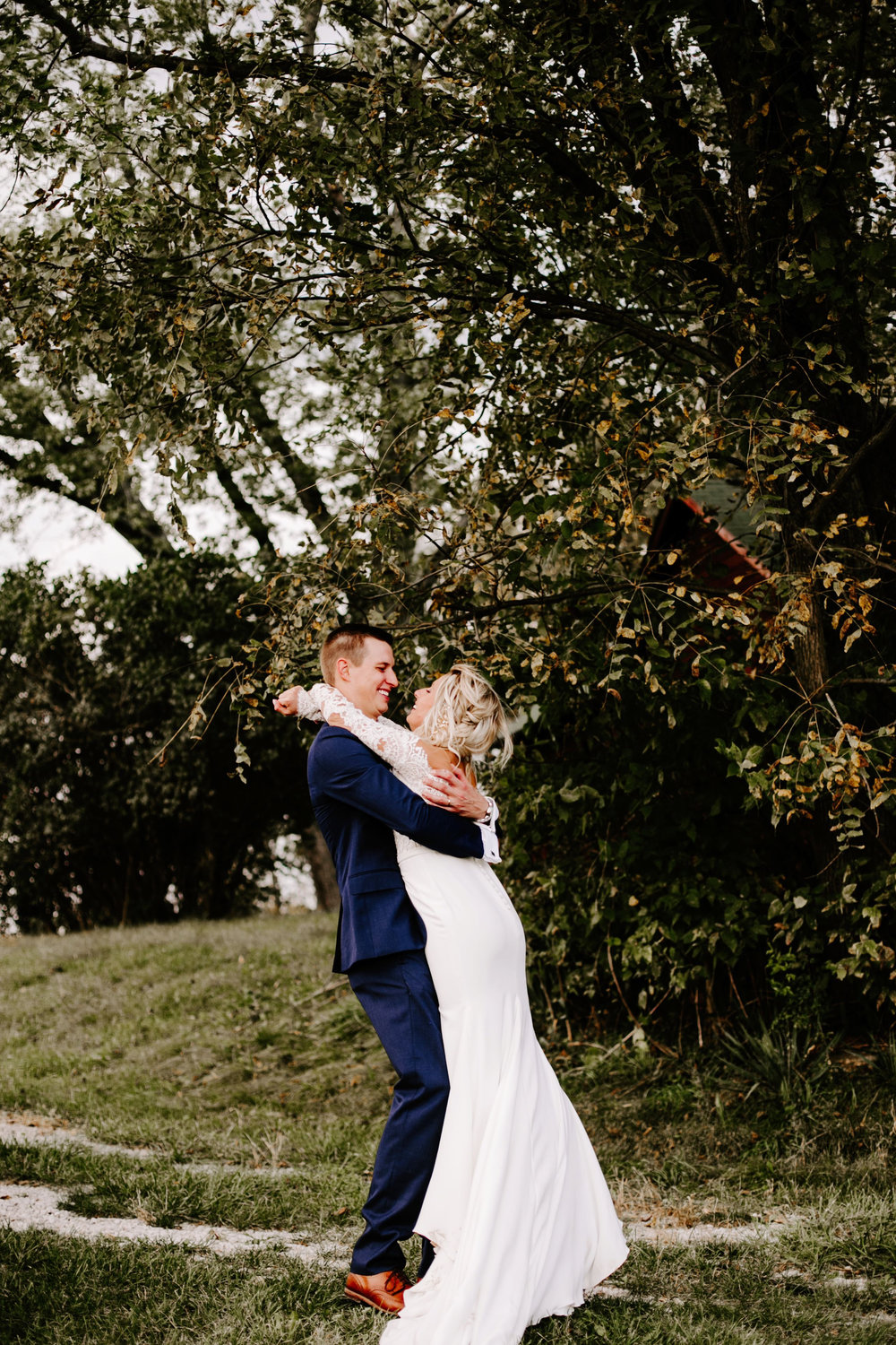 Gwen and Andy Traders Point Hunting Club Wedding in Zionsville Indiana by Emily Elyse Wehner Photography LLC-694.jpg