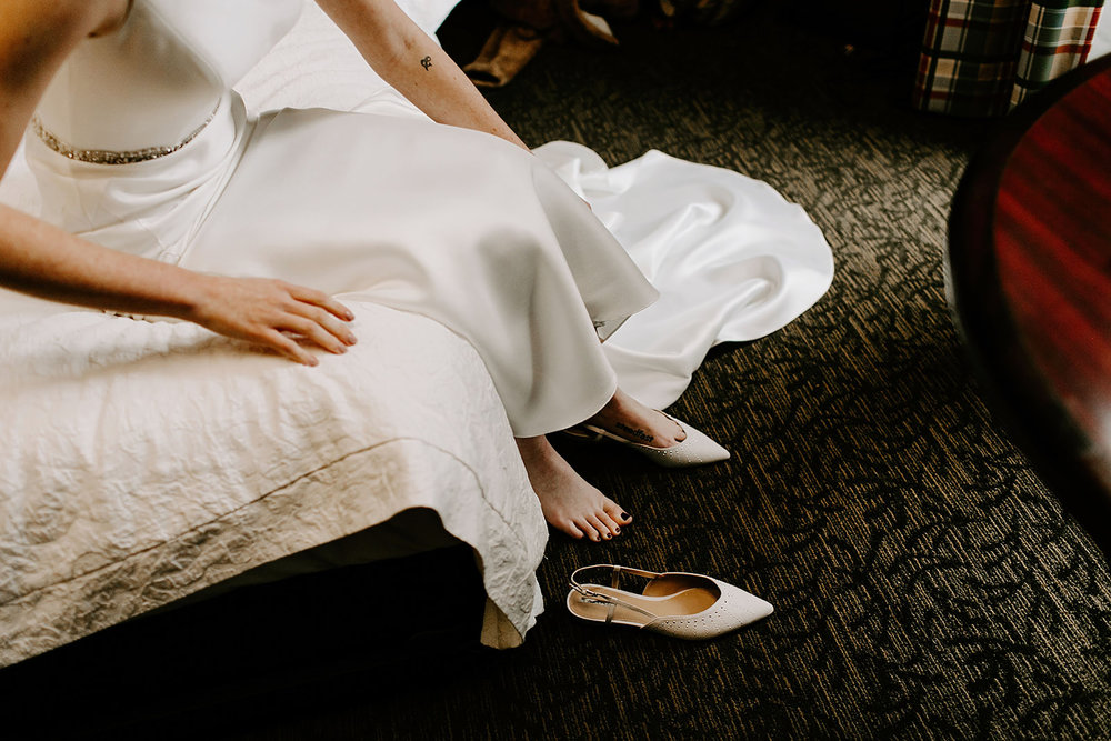 Emily and Davis_ Wedding at Vision Loft Indy in Indianapolis Indiana by Emily Elyse Wehner Photogrpahy LLC-46.jpg