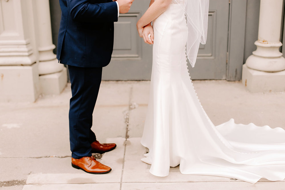 Emily and Davis_ Wedding at Vision Loft Indy in Indianapolis Indiana by Emily Elyse Wehner Photogrpahy LLC-114.jpg