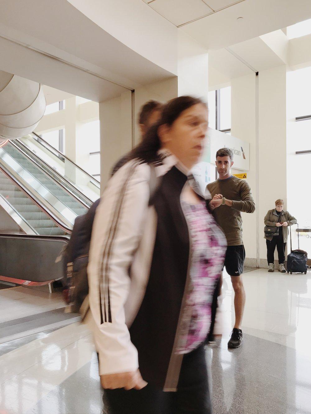 #applewatchselfie: Airport People-Watching