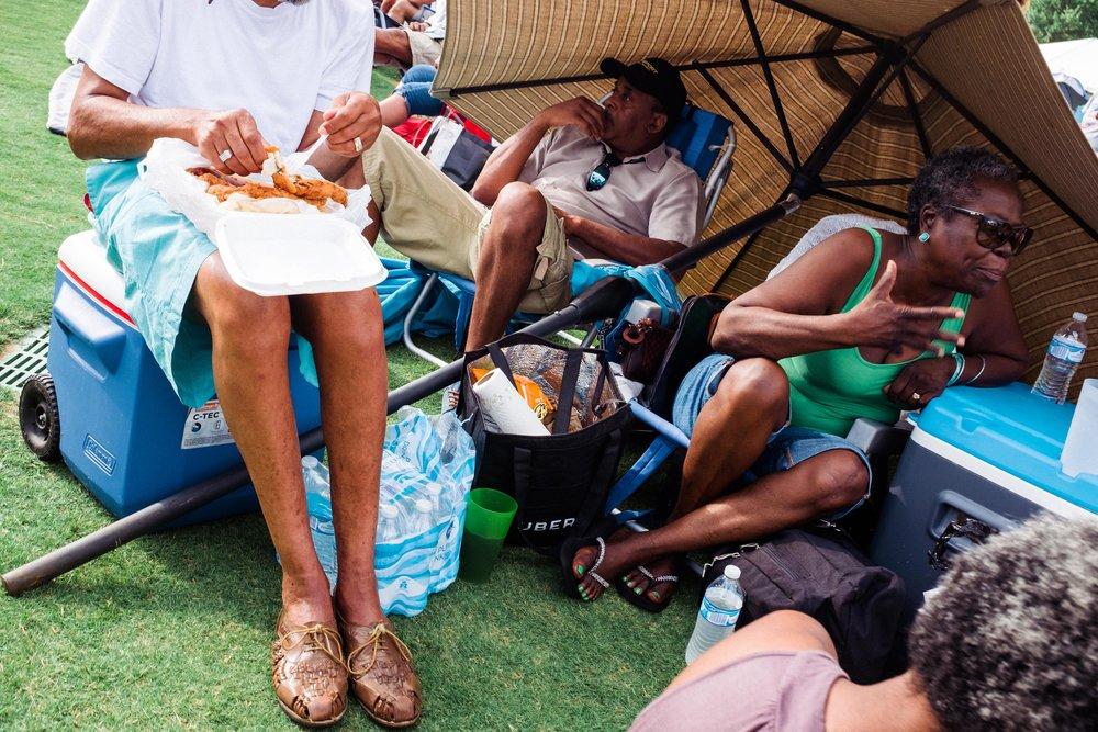 atlanta-jazz-festival-attendees-eating