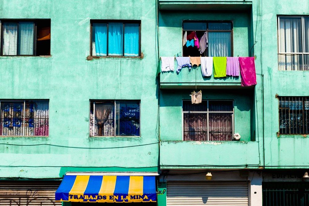 mexico-city-cdmx-colorful-building