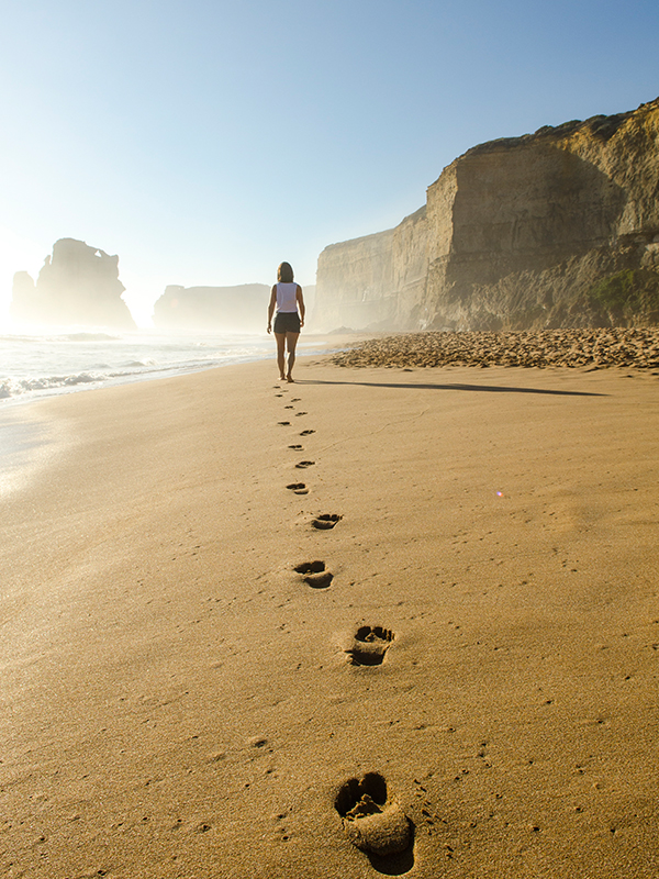 A wandering mind isn't too much of a problem. Mine usually wanders down a beach somewhere. Image from Pexels.