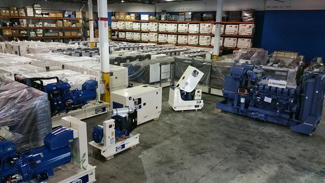 En nuestros almacenes de Miramar, Florida, disponemos de mas de 500 plantas eléctricas listas para despacho en cualquier momento.