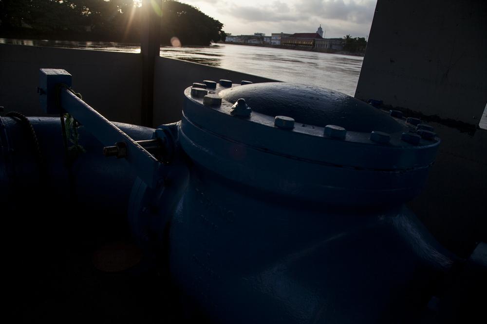 JavierRozo Agua-1.jpg