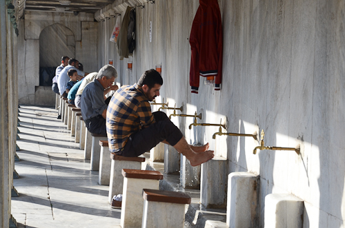 Istanbul_foot washing