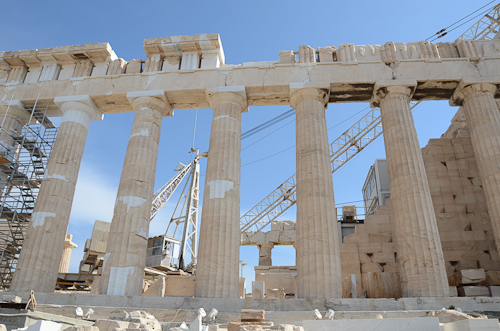 Athens_Parthenon in repair