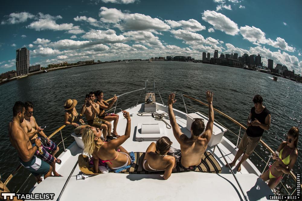 tablelistboat72.jpg