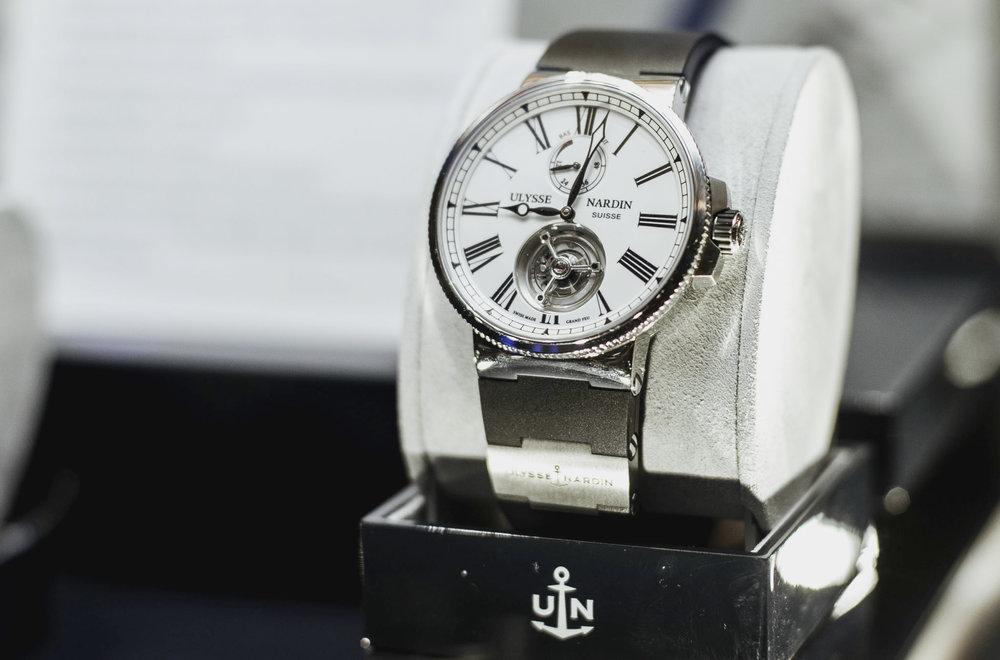 UNroyaljewelers790.JPG