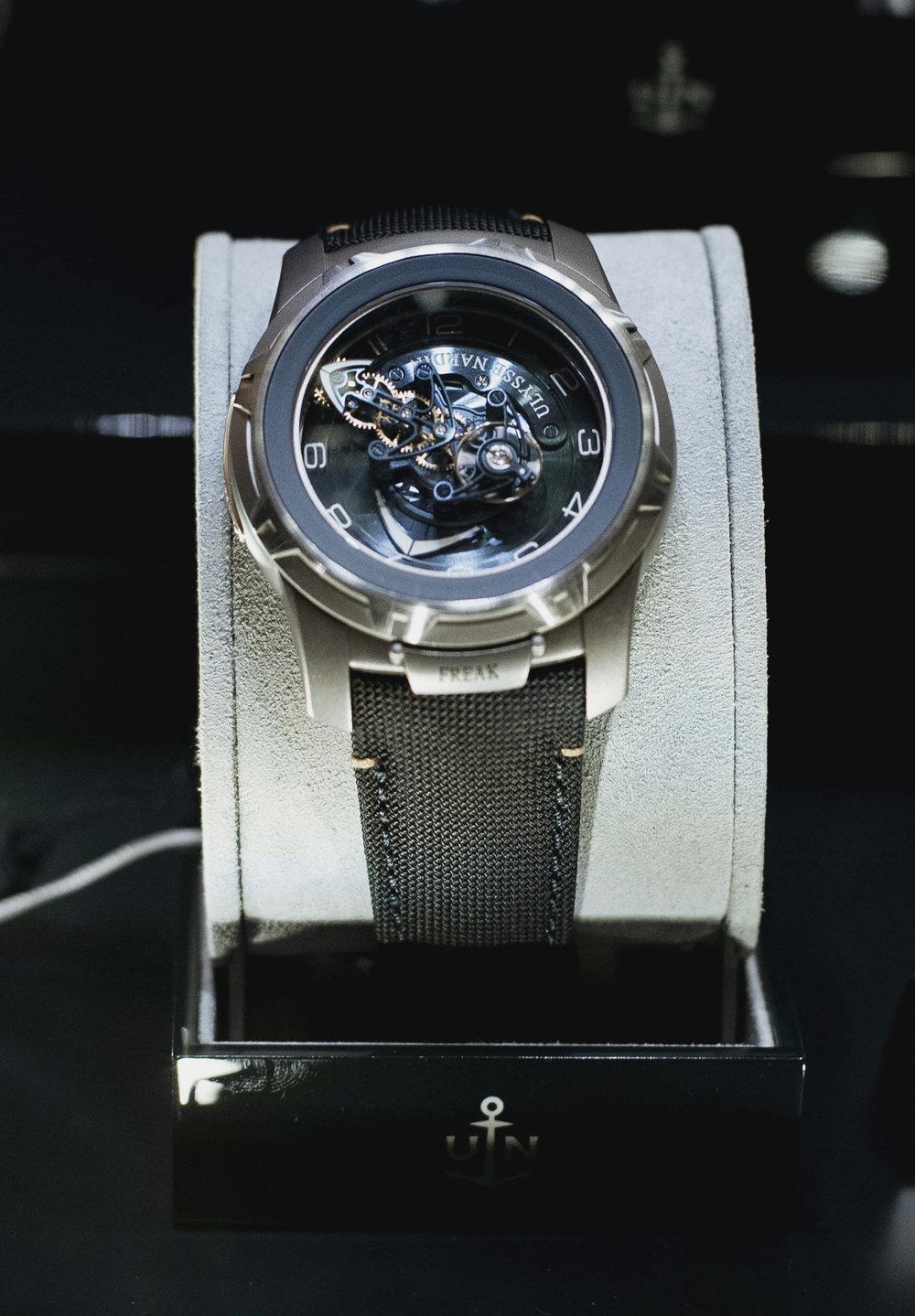 UNroyaljewelers714.JPG