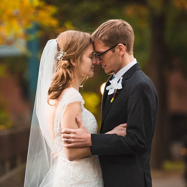 A very quick sneak peek of Megan and Jon's wedding, just yesterday! And just look at New England in the fall! Congratulations to the newly married couple, and God bless you!