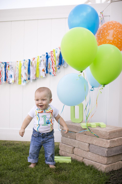 1st Birthday Photo | Cake Smashing | Jess Rudolph Photography: www.jessrudolph.com