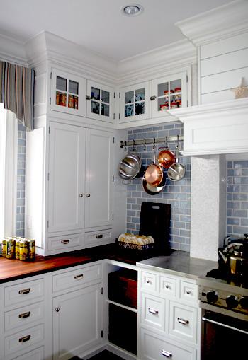 Rossiter white kitchen blue background.jpg