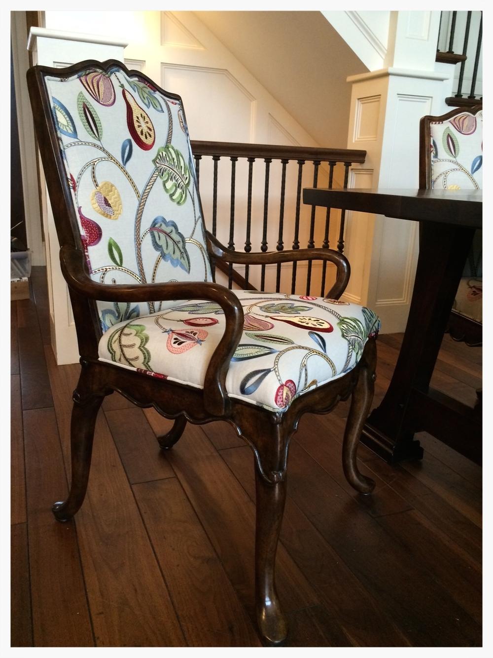 Poquette chair  copy.jpg