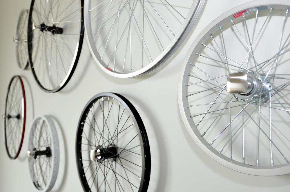DIY bicycle wheel wall sculpture art