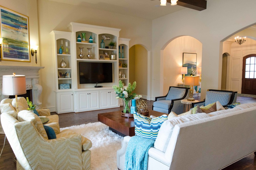Family room with turquoise and yellow color