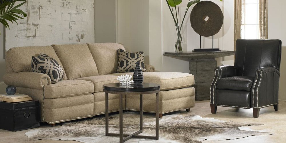 9021_9002RKU Sectional_L3920 Recliner_web.jpg
