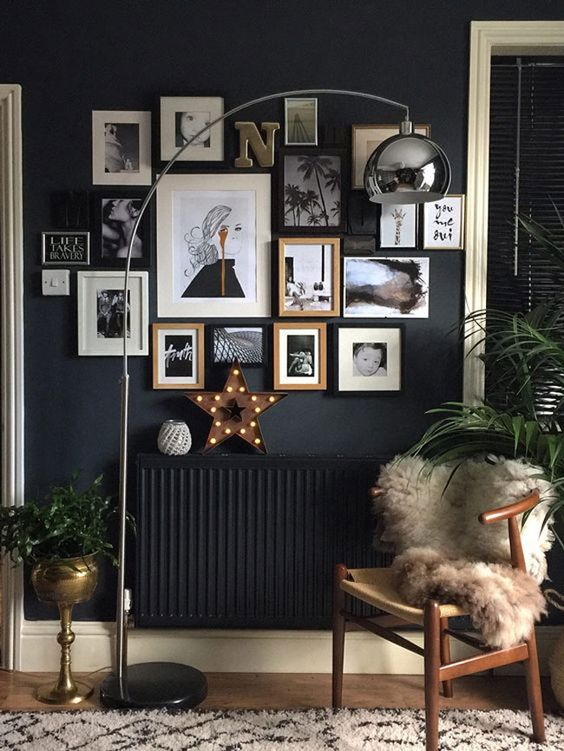 For those eclectic galleries, I love a tight clustered look on a small wall!