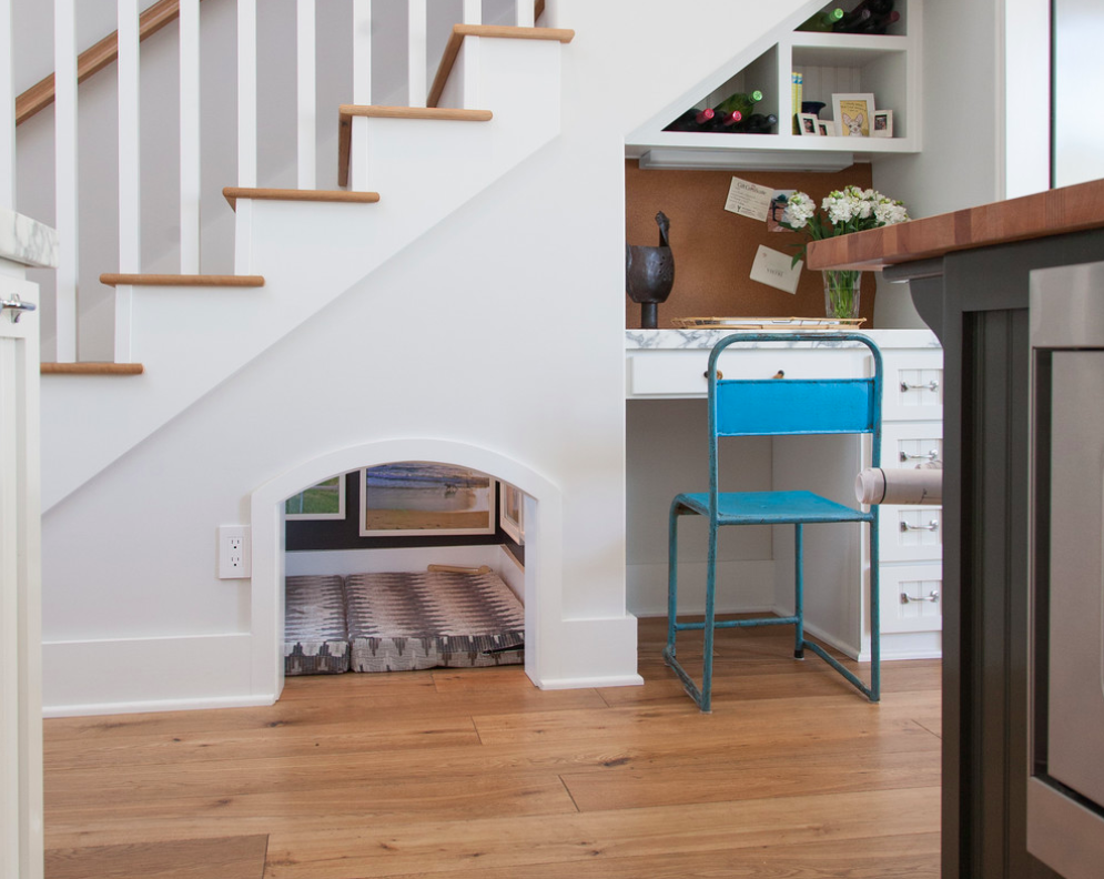 The under-stair area is perfectly utilized for our little ones (babies and dogs?)!