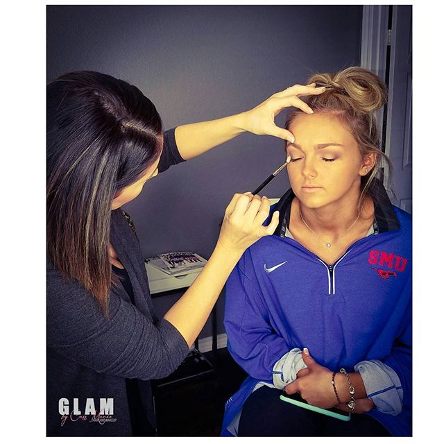 "Behind the scenes shot during one of my ""GLAM"" sessions with Katie. #homecoming#dallastexas#makeupandhairartist#mckinneymakeupartist#proartist#mckinneytx#glambycassmarie#lovewhatyoudo"