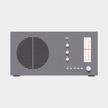 RT 20 tischsuper radio, 1961, by Dieter Rams for Braun [CC BY-NC-ND 3.0] via Vitsœ.
