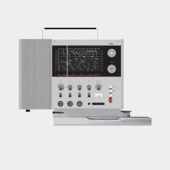 T 1000 world receiver, 1963, by Dieter Rams for Braun [CC BY-NC-ND 3.0] via Vitsœ.