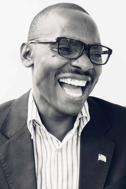 Steve Ogolla 4.jpg