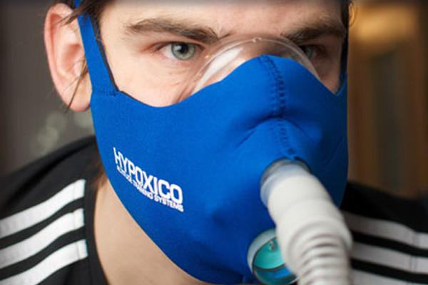 Hypoxico-Altitude-Training-Mask-Man_1024x1024.jpg