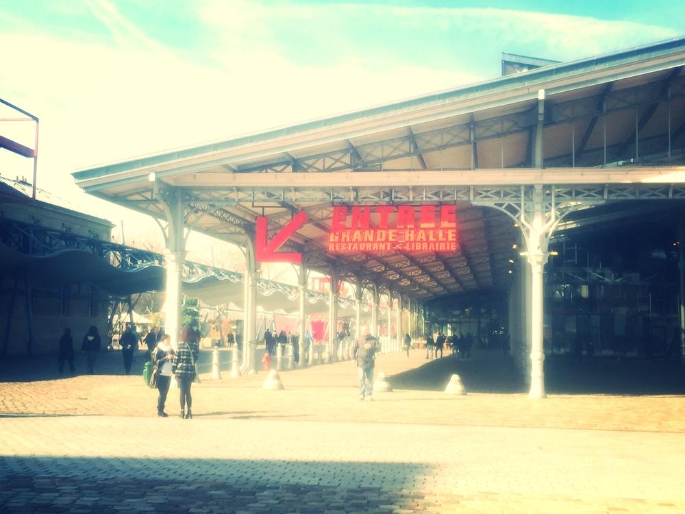 This was the outside of the convention: LA GRANDE HALLE DE LA VILLETTE