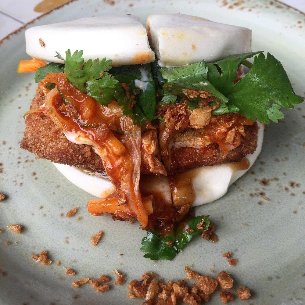 Crispy pork steamed bun with apple cucumber kimchi 10 crowns