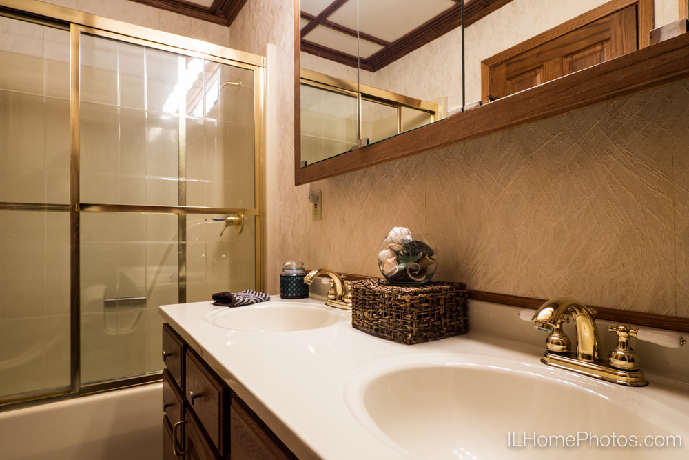Interior home photograph (bathroom vanity)   for real estate   in East Peoria, IL :: Illinois Home Photography by Michael Gowin, Lincoln, IL