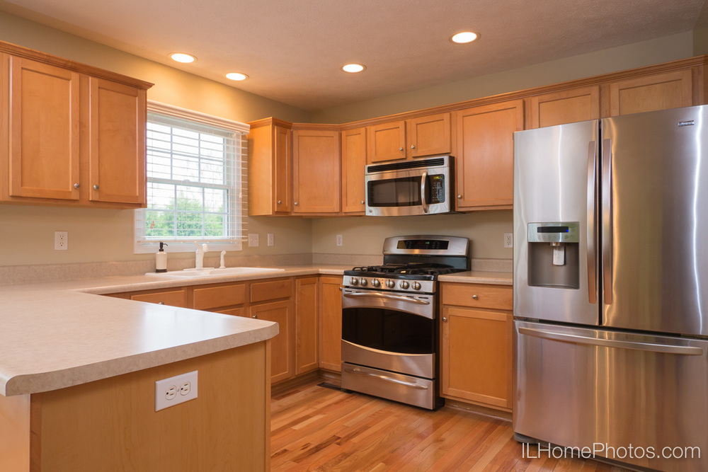 Kitchen interior photograph, Morton, IL :: Illinois Home Photography by Michael Gowin, Lincoln, IL