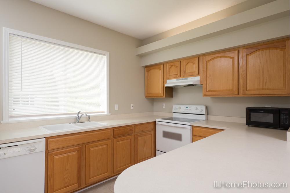 Kitchen interior photograph, Morton IL :: Illinois Home Photography by Michael Gowin, Lincoln, IL