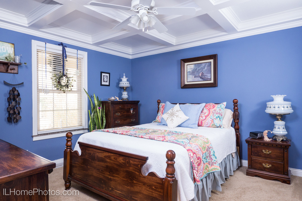 Interior bedroom photograph for real estate in Morton, IL :: Illinois Home Photography by Michael Gowin, Lincoln, IL