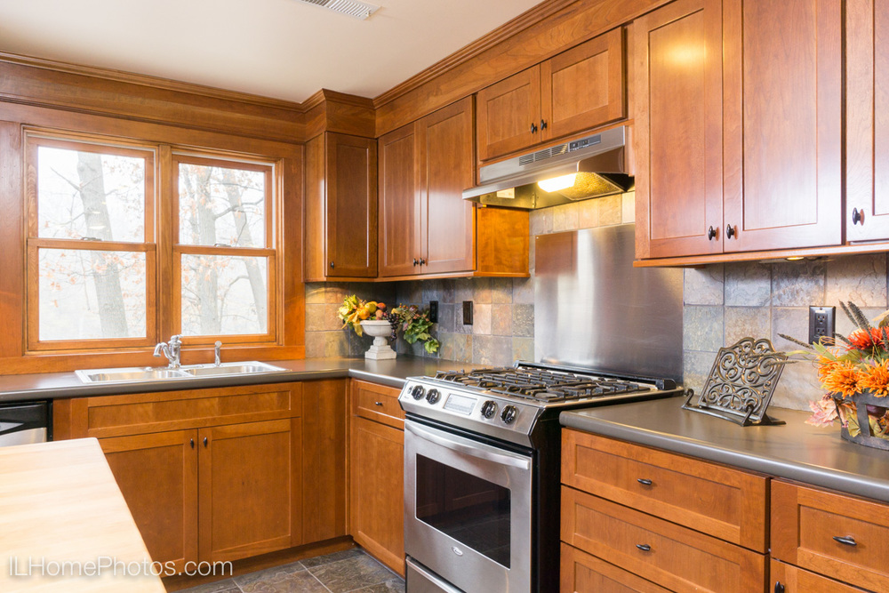 Interior kitchen photograph for real estate, Cuba, IL :: Illinois Home Photography by Michael Gowin, Lincoln, IL