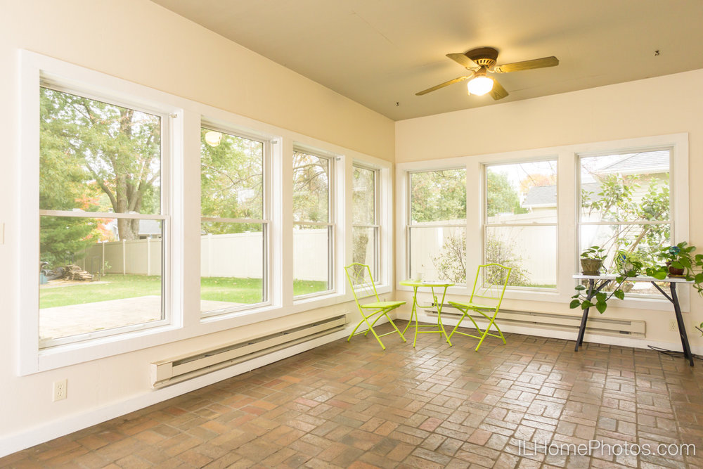 Interior sun porch photograph for real estate in Peoria, IL :: Illinois Home Photography by Michael Gowin, Lincoln, IL