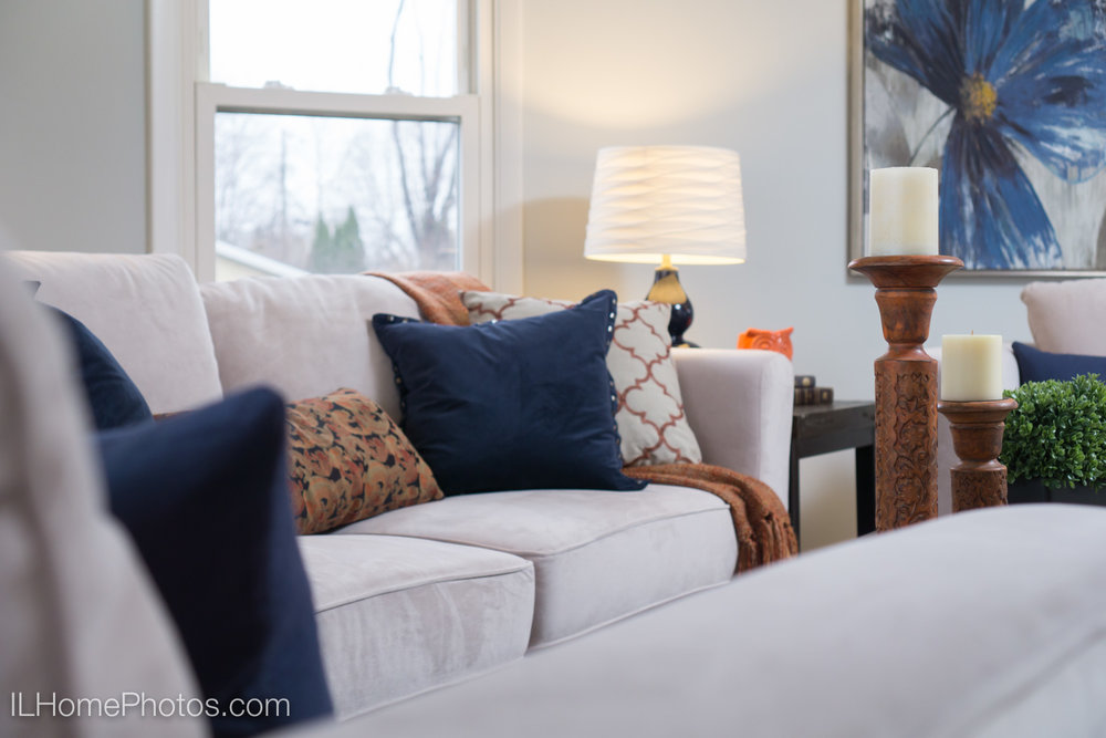 Living room home interior detail photograph :: Illinois Home Photography, Lincoln, IL