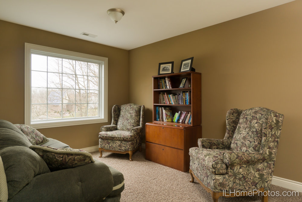 Interior study photograph for real estate :: Illinois Home Photography by Michael Gowin, Lincoln, IL