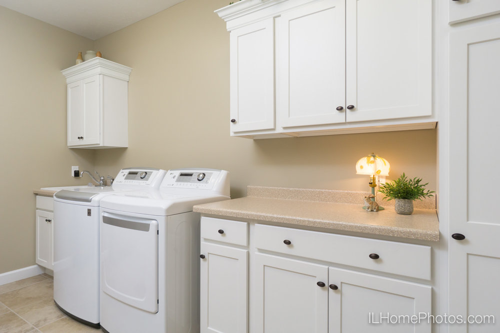 Interior laundry and utility room photograph for real estate in Springfield, IL :: Illinois Home Photography by Michael Gowin, Lincoln, IL