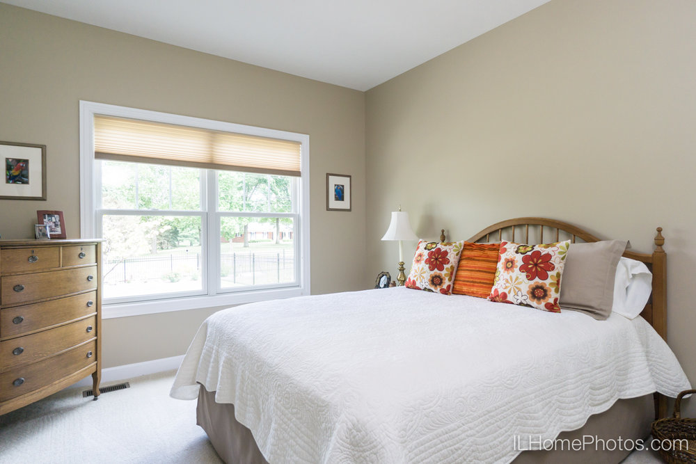 Interior bedroom photograph for real estate in Springfield, IL :: Illinois Home Photography by Michael Gowin, Lincoln, IL