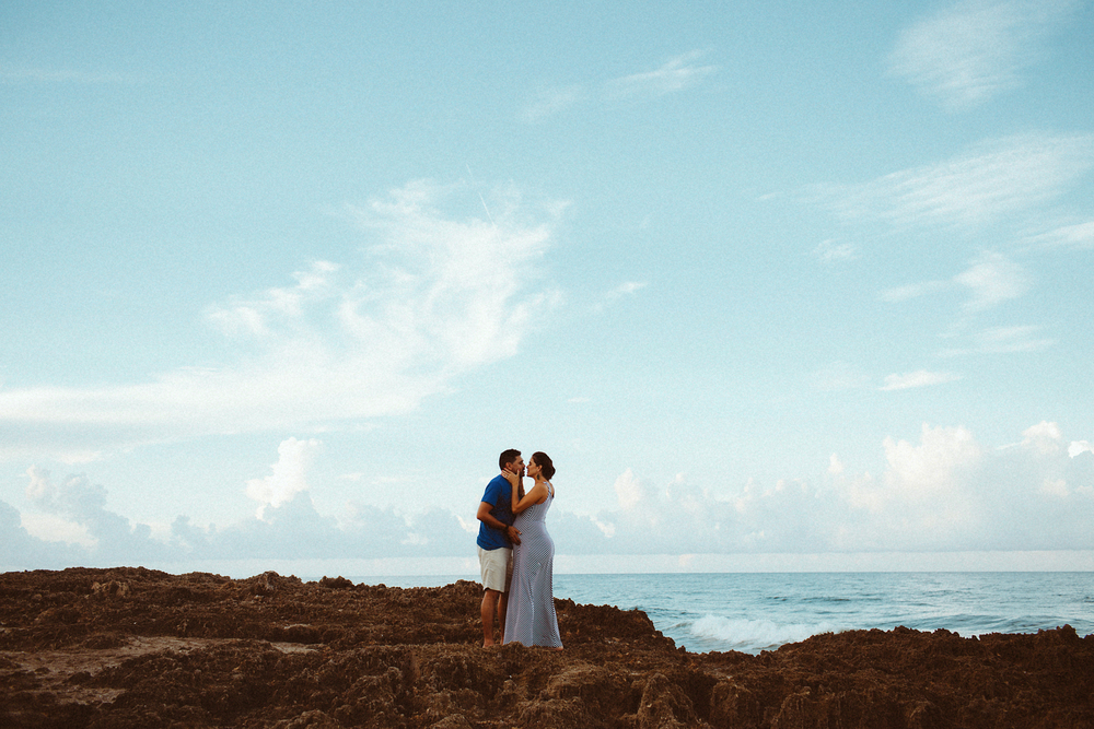 Family lifestyle session | Florida Beach | Vanessa Boy | vanessaboy.com