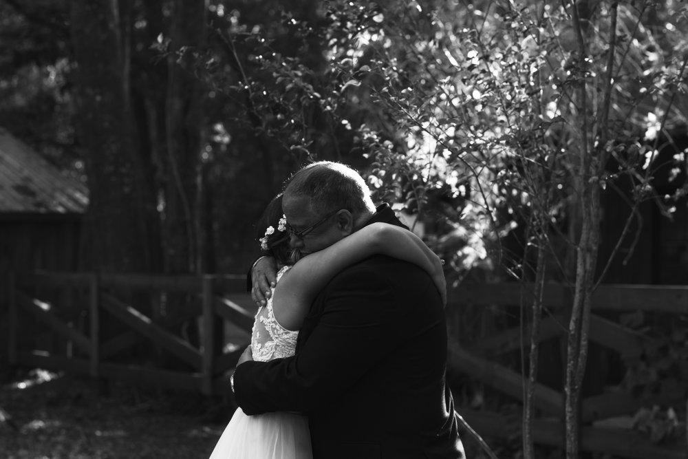 Wedding Day | Bridle Oaks Barn | Vanessa Boy Photography | vanessaboy.com-178.com final gallery.jpg