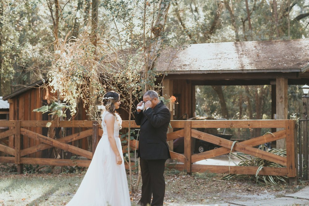 Wedding Day | Bridle Oaks Barn | Vanessa Boy Photography | vanessaboy.com-185.com final gallery.jpg